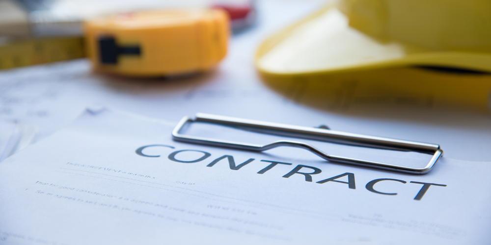 how to become a contracts administrator
